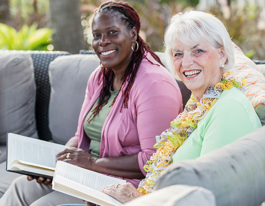 Outdoor Living with New Friends - Town & Country - Independent & Assisted Living in Santa Ana, CA